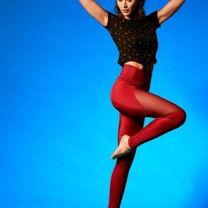 """🆕️🧘♀️Electric Yoga """"CONTOUR"""" legging"""
